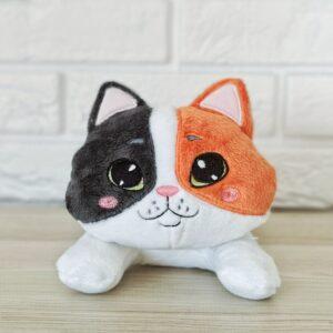 kot przytulanka ręcznie szyta trikolor