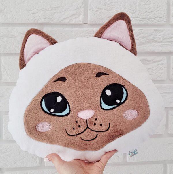 kot poduszka w typie colourpoint lub syjamski