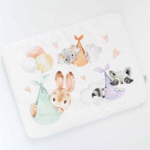 Poduszka podniebne słodziaki, poduszka z uroczym panelem w zwierzątka latające wśród chmur