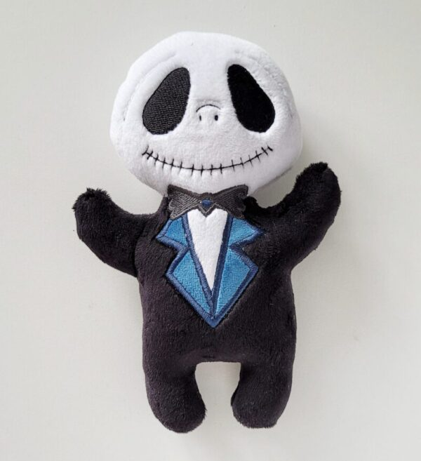Kostek Halloween przytulanka wyglądająca jak szkielet we fraku